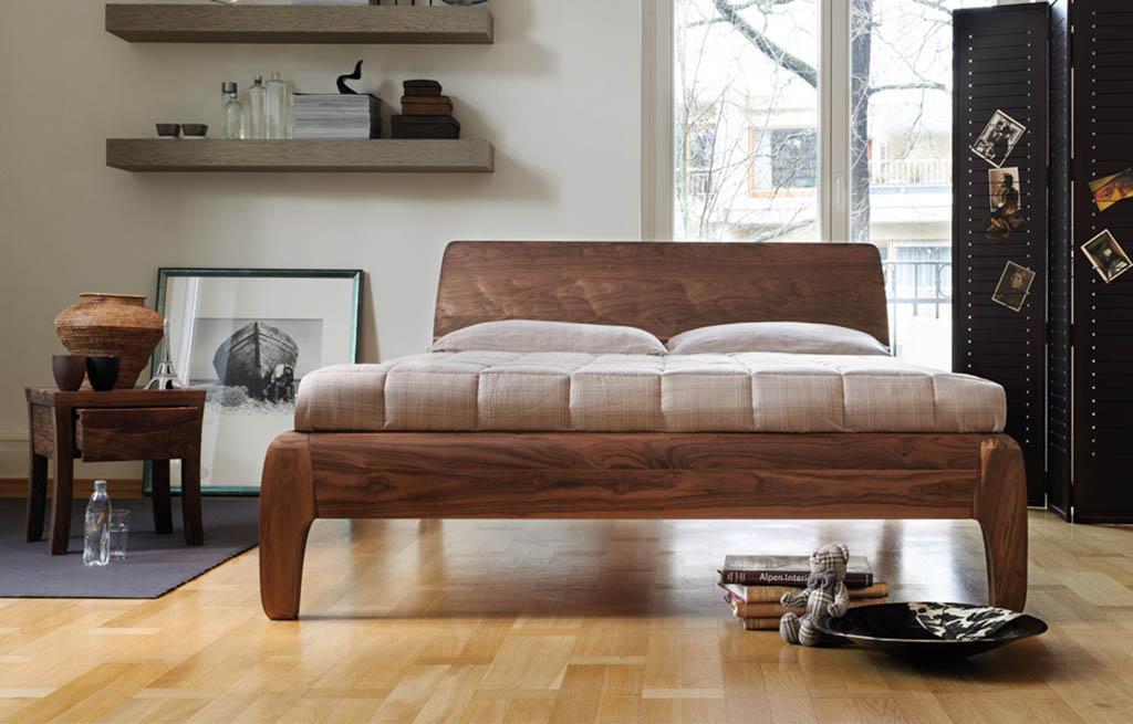 dormiente-Nachttisch-Gonda-Nussbaum-mit-Bett-Gonda
